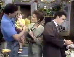 Des Clarke, Jamie Clarke, Todd Landers, Gail Robinson, Paul Robinson in Neighbours Episode 0876