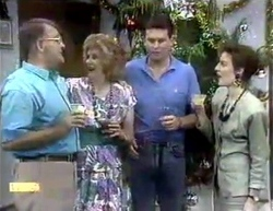Harold Bishop, Madge Bishop, Des Clarke, Gail Robinson in Neighbours Episode 0876