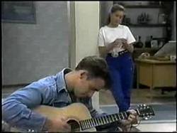 Glen Donnelly, Lucy Robinson in Neighbours Episode 1396
