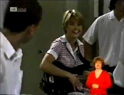 Lenny Hooper, Danni Stark in Neighbours Episode 2148