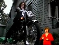 Pam Willis in Neighbours Episode 2148