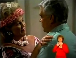 Cheryl Stark, Lou Carpenter in Neighbours Episode 2150