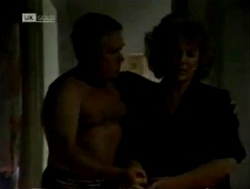 Lou Carpenter, Cheryl Stark in Neighbours Episode 2150