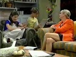 Anne Wilkinson, Lance Wilkinson, Ruth Wilkinson in Neighbours Episode 2854