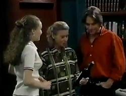 Debbie Martin, Helen Daniels, Darren Stark in Neighbours Episode 2854
