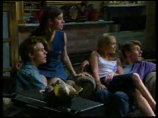 Billy Kennedy, Anne Wilkinson, Amy Greenwood, Lance Wilkinson in Neighbours Episode 3042
