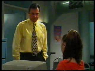 Karl Kennedy, Sarah Beaumont in Neighbours Episode 3042