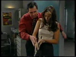 Karl Kennedy, Sarah Beaumont in Neighbours Episode 3046