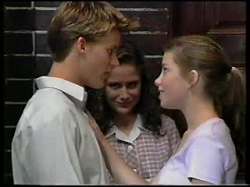 Billy Kennedy, Caitlin Atkins, Anne Wilkinson in Neighbours Episode 3046