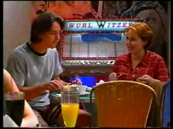 Darren Stark, Libby Kennedy in Neighbours Episode 3047