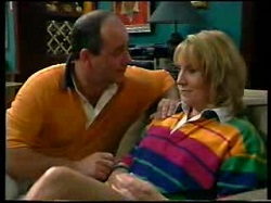 Philip Martin, Ruth Wilkinson in Neighbours Episode 3048