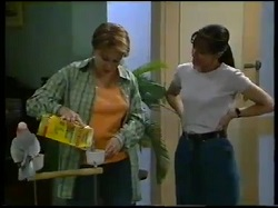 Dahl, Libby Kennedy, Susan Kennedy in Neighbours Episode 3052