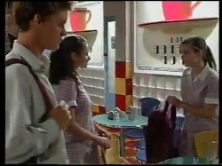 Billy Kennedy, Caitlin Atkins, Anne Wilkinson in Neighbours Episode 3052