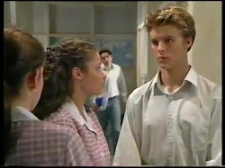 Anne Wilkinson, Caitlin Atkins, Billy Kennedy in Neighbours Episode 3052