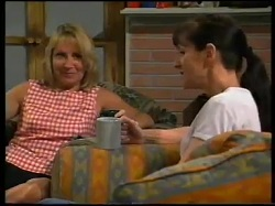 Ruth Wilkinson, Susan Kennedy in Neighbours Episode 3052