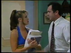 Sarah Beaumont, Karl Kennedy in Neighbours Episode 3052
