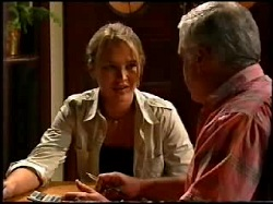 Steph Scully, Lou Carpenter in Neighbours Episode 3734