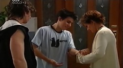 Dylan Timmins, Stingray Timmins, Susan Kennedy in Neighbours Episode 4682