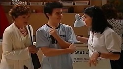 Susan Kennedy, Stingray Timmins, Nurse Evanovich in Neighbours Episode 4682