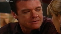 Paul Robinson, Izzy Hoyland in Neighbours Episode 4682