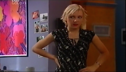 Sindi Watts in Neighbours Episode 4684