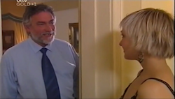Gary Evans, Sindi Watts in Neighbours Episode 4684
