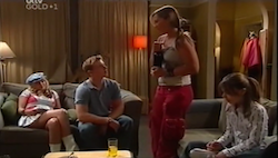 Sky Mangel, Boyd Hoyland, Steph Scully, Summer Hoyland in Neighbours Episode 4684