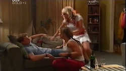 Boyd Hoyland, Steph Scully, Sky Mangel in Neighbours Episode 4684