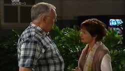 Harold Bishop, Susan Kennedy in Neighbours Episode 4685