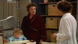 Oscar Scully, Lyn Scully, Susan Kennedy in Neighbours Episode 4685