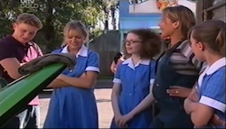 Boyd Hoyland, Sky Mangel, Penny Weinberg, Steph Scully, Summer Hoyland in Neighbours Episode 4685