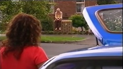 Liljana Bishop, Sindi Watts in Neighbours Episode 4686