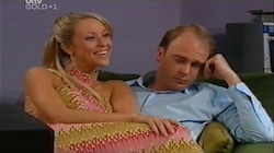 Molly Milevic, Tim Collins in Neighbours Episode 4688