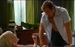 Sindi Watts, Stuart Parker in Neighbours Episode 4711
