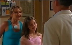 Steph Scully, Summer Hoyland, Bobby Hoyland in Neighbours Episode 4713