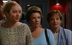 Janelle Timmins, Lyn Scully, Susan Kennedy in Neighbours Episode 4714