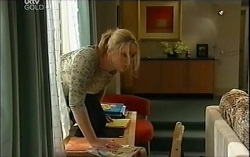 Janelle Timmins in Neighbours Episode 4714