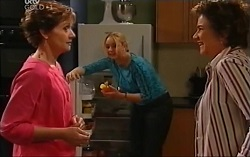 Susan Kennedy, Janelle Timmins, Lyn Scully in Neighbours Episode 4715