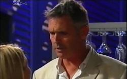 Izzy Hoyland, Bobby Hoyland in Neighbours Episode 4724