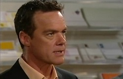 Paul Robinson in Neighbours Episode 4938