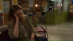 Sonya Rebecchi in Neighbours Episode 7271