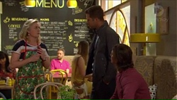Lauren Turner, Mark Brennan, Brad Willis in Neighbours Episode 7271