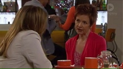 Terese Willis, Susan Kennedy in Neighbours Episode 7271