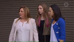 Terese Willis, Piper Willis, Imogen Willis in Neighbours Episode 7271