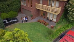 Amy Williams, Terese Willis, Imogen Willis, Piper Willis in Neighbours Episode 7271