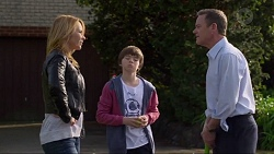 Steph Scully, Jimmy Williams, Paul Robinson in Neighbours Episode 7272
