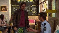 Brad Willis, Mark Brennan in Neighbours Episode 7272