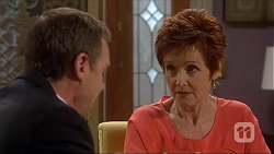 Paul Robinson, Susan Kennedy in Neighbours Episode 7273