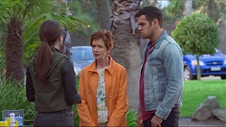 Paige Smith, Susan Kennedy, Nate Kinski in Neighbours Episode 7280