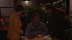 Susan Kennedy, Nate Kinski, Karl Kennedy in Neighbours Episode 7282